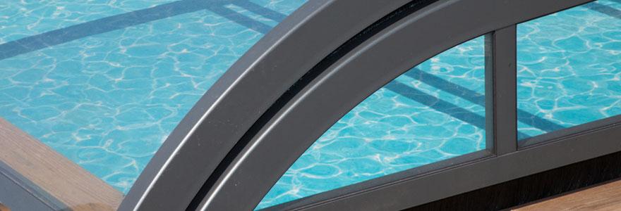 Abri de piscine robuste